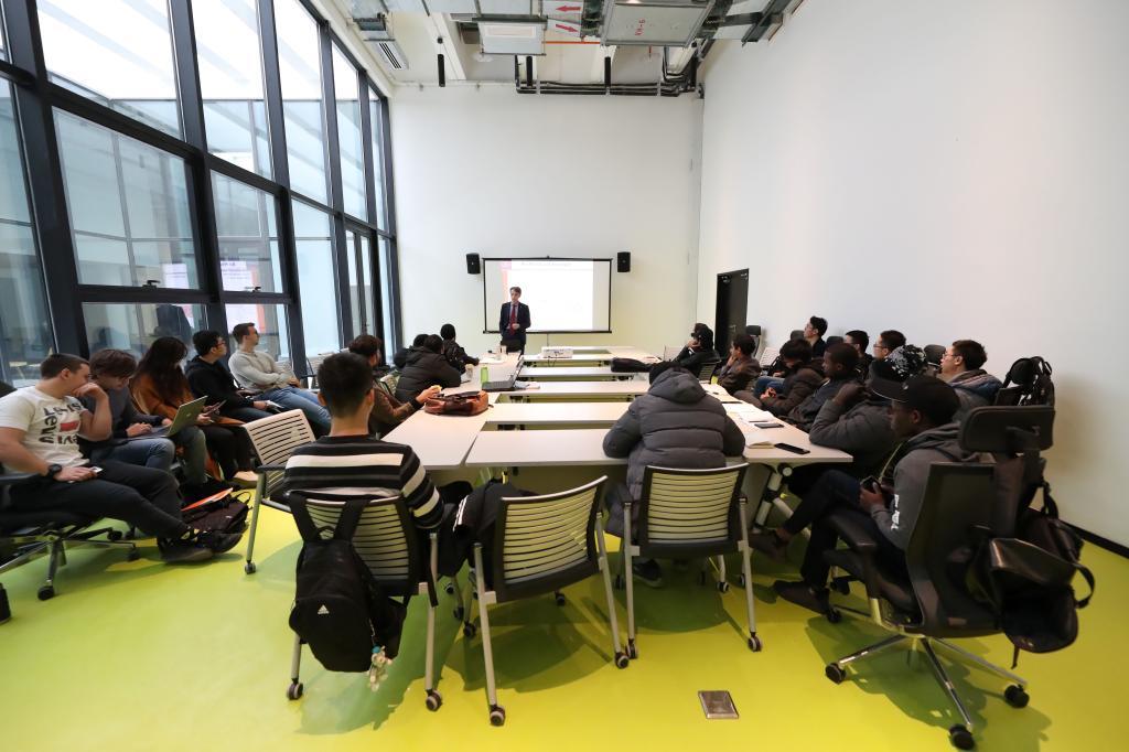 中西部科技创新港:米兰楼里的第一课